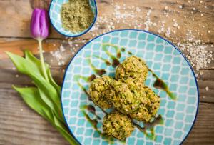 Recipe - Zucchini and oat fritters - Kocbek Oil mill