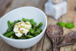 Recipe - Green bean salad with sour cream and pumpkin seed oil - Kocbek Oil Mill