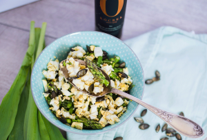 Recipe - Salad of fresh asparagus and hard boiled eggs - Kocbek Oil Mill