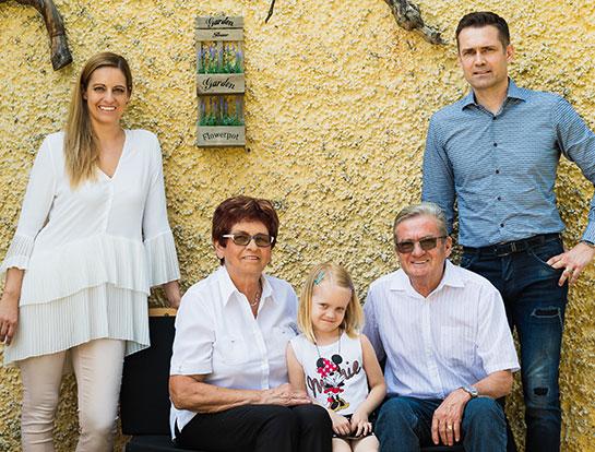 Družina Kocbek - Oljarna Kocbek